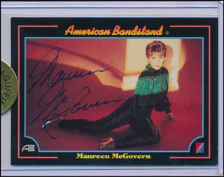 MAUREEN McGOVERN - TRADING/SPORTS CARD SIGNED