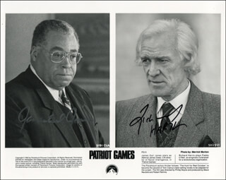 PATRIOT GAMES MOVIE CAST - PRINTED PHOTOGRAPH SIGNED IN INK CO-SIGNED BY: RICHARD HARRIS, JAMES EARL JONES