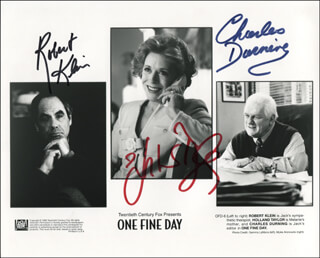 ONE FINE DAY MOVIE CAST - PRINTED PHOTOGRAPH SIGNED IN INK CO-SIGNED BY: ROBERT KLEIN, CHARLES DURNING, HOLLAND TAYLOR