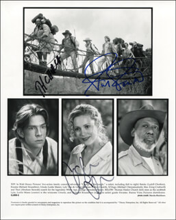 GEORGE OF THE JUNGLE MOVIE CAST - PRINTED PHOTOGRAPH SIGNED IN INK CO-SIGNED BY: RICHARD ROUNDTREE, LESLIE MANN, THOMAS HADEN CHURCH