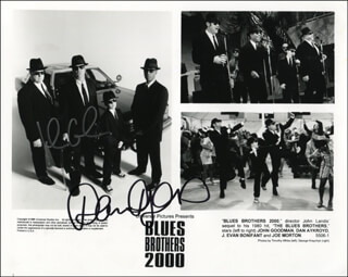 BLUES BROTHERS 2000 MOVIE CAST - PRINTED PHOTOGRAPH SIGNED IN INK CO-SIGNED BY: DAN AYKROYD, JOHN GOODMAN