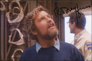 RICHARD DREYFUSS - AUTOGRAPHED SIGNED PHOTOGRAPH