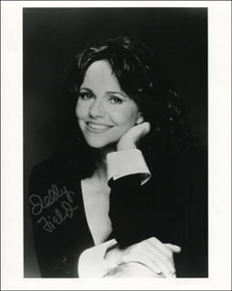 SALLY FIELD - AUTOGRAPHED SIGNED PHOTOGRAPH