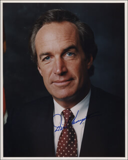 Autographs: GOVERNOR DIRK A. KEMPTHORNE - PHOTOGRAPH SIGNED