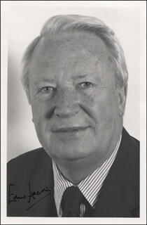 PRIME MINISTER EDWARD HEATH (GREAT BRITAIN) - AUTOGRAPHED SIGNED PHOTOGRAPH