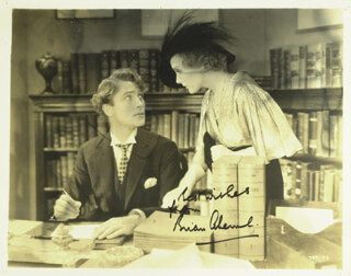 Autographs: BRIAN AHERNE - PHOTOGRAPH SIGNED
