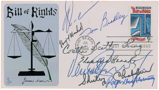 CORETTA SCOTT KING - FIRST DAY COVER SIGNED CO-SIGNED BY: MAYOR TOM BRADLEY, EDWARD W. BROOKE III, VERNON E. JORDAN JR., SHIRLEY CHISHOLM, RALPH DAVID ABERNATHY, ASSOCIATE JUSTICE THURGOOD MARSHALL