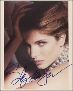 STEPHANIE SEYMOUR - AUTOGRAPHED SIGNED PHOTOGRAPH