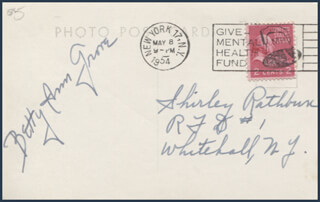 BETTY ANN GROVE - PICTURE POST CARD SIGNED CIRCA 1954