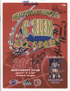 MEADOWLARK LEMON'S HARLEM ALL STARS - MAGAZINE SIGNED CO-SIGNED BY: HOLLYWOOD (TYRONE) BROWN, RIGO NUNEZ, KIRK TROTTER, CLIFFORD WHITE, TARON PICKETTS