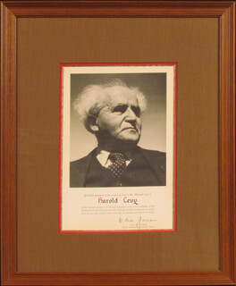 Autographs: PRIME MINISTER DAVID BEN-GURION (ISRAEL) - PRINTED PHOTOGRAPH SIGNED IN INK