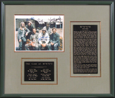 M*A*S*H TV CAST - AUTOGRAPHED SIGNED PHOTOGRAPH CO-SIGNED BY: MCLEAN STEVENSON, LARRY LINVILLE, ALAN ALDA, GARY BURGHOFF, LORETTA SWIT, WAYNE ROGERS