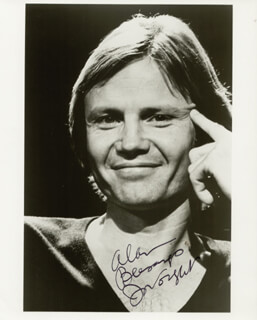 JON VOIGHT - AUTOGRAPHED INSCRIBED PHOTOGRAPH