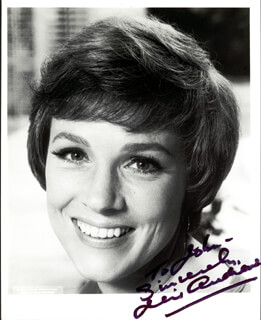 JULIE ANDREWS - AUTOGRAPHED INSCRIBED PHOTOGRAPH  - HFSID 37275