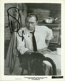YUL BRYNNER - PRINTED PHOTOGRAPH SIGNED IN INK