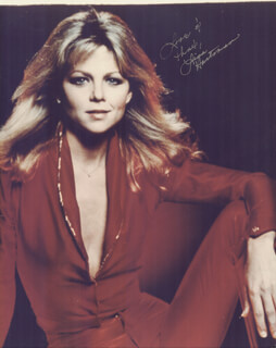 LISA HARTMAN - AUTOGRAPHED SIGNED PHOTOGRAPH