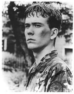 TIMOTHY HUTTON - AUTOGRAPHED SIGNED PHOTOGRAPH