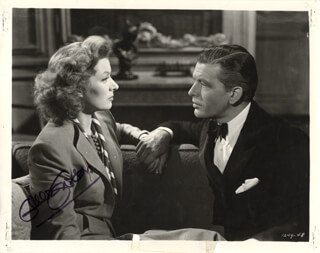 GREER GARSON - AUTOGRAPHED SIGNED PHOTOGRAPH