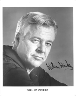 WILLIAM WINDOM - AUTOGRAPHED SIGNED PHOTOGRAPH