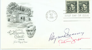 Autographs: ABE LINCOLN IN ILLINOIS MOVIE CAST - FIRST DAY COVER SIGNED CO-SIGNED BY: RAYMOND MASSEY, RUTH GORDON