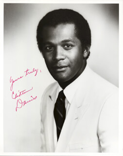 CLIFTON DAVIS - AUTOGRAPHED SIGNED PHOTOGRAPH