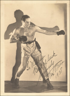 Autographs: MAX BAER - INSCRIBED PHOTOGRAPH SIGNED 1938