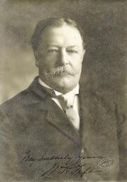 PRESIDENT WILLIAM H. TAFT - AUTOGRAPHED SIGNED PHOTOGRAPH CIRCA 1908