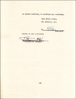 Autographs: KATHARINE HEPBURN - CONTRACT SIGNED 04/03/1935 CO-SIGNED BY: BENJAMIN BB KAHANE
