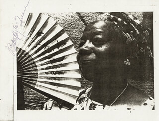 BUTTERFLY McQUEEN - AUTOGRAPHED SIGNED PHOTOGRAPH