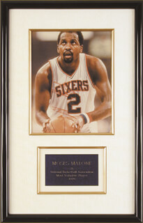 MOSES MALONE - AUTOGRAPHED SIGNED PHOTOGRAPH