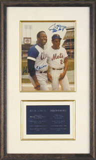 Autographs: HANK AARON - PHOTOGRAPH SIGNED CO-SIGNED BY: WILLIE SAY HEY KID MAYS