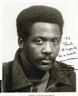 RICHARD ROUNDTREE - AUTOGRAPHED INSCRIBED PHOTOGRAPH 1972