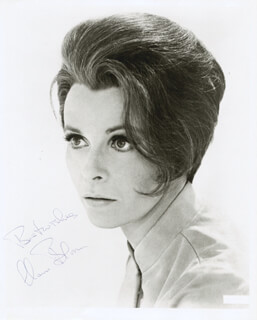 CLAIRE BLOOM - AUTOGRAPHED SIGNED PHOTOGRAPH