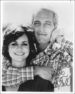 Autographs: ABSENCE OF MALICE MOVIE CAST - PHOTOGRAPH SIGNED CO-SIGNED BY: PAUL NEWMAN, SALLY FIELD