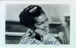 Autographs: PEARL BAILEY - PHOTOGRAPH SIGNED