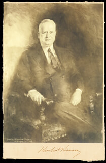 Autographs: PRESIDENT HERBERT HOOVER - PHOTOGRAPH MOUNT SIGNED