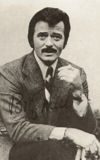 ROBERT GOULET - AUTOGRAPHED SIGNED PHOTOGRAPH