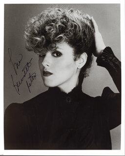 BERNADETTE PETERS - AUTOGRAPHED SIGNED PHOTOGRAPH