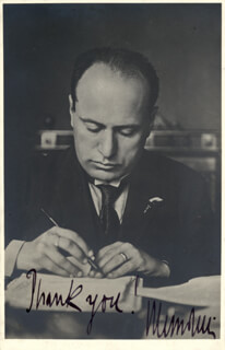 PRIME MINISTER BENITO (IL DUCE) MUSSOLINI (ITALY) - AUTOGRAPHED SIGNED PHOTOGRAPH CIRCA 1922
