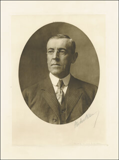PRESIDENT WOODROW WILSON - AUTOGRAPHED SIGNED PHOTOGRAPH