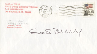 Autographs: COLONEL GUION S. GUY BLUFORD JR. - COMMEMORATIVE ENVELOPE SIGNED CO-SIGNED BY: VIRGIL TRUE