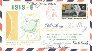 MARC GARNEAU - COMMEMORATIVE ENVELOPE SIGNED CO-SIGNED BY: KEN MONEY, ROBERTA BONDAR, STEVE MacLEAN, BOB THIRSK, BJARNI TRYGGVASON
