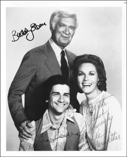 Autographs: BARNABY JONES TV CAST - PHOTOGRAPH SIGNED CO-SIGNED BY: LEE MERIWETHER, MARK SHERA, BUDDY EBSEN