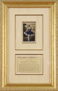 ANNA PAVLOVA - PICTURE POST CARD SIGNED