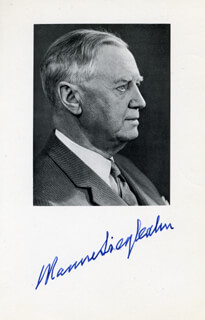 Autographs: KARL M. SIEGBAHN - PHOTOGRAPH SIGNED