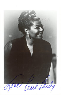 PEARL BAILEY - AUTOGRAPHED SIGNED PHOTOGRAPH  - HFSID 47837