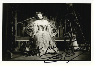 DAME JOAN SUTHERLAND - AUTOGRAPHED SIGNED PHOTOGRAPH