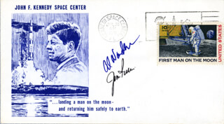 Autographs: APOLLO XV - COMMEMORATIVE ENVELOPE SIGNED CO-SIGNED BY: COLONEL JAMES B. JIM IRWIN, COLONEL ALFRED M. WORDEN