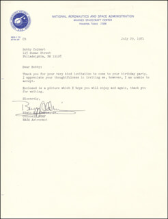 Autographs: COLONEL BUZZ ALDRIN - TYPED LETTER SIGNED 07/29/1971