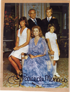 PRINCESS GRACE KELLY (MONACO) - MAGAZINE PHOTOGRAPH SIGNED